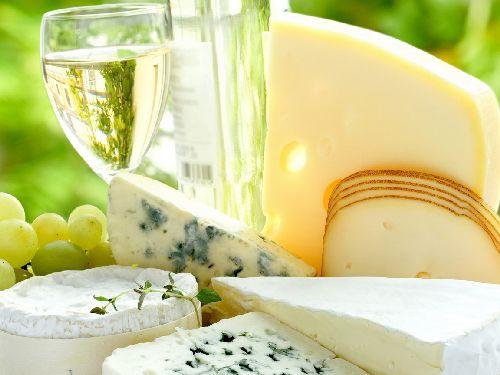 Сыр - основной продукт на итальянском столе
