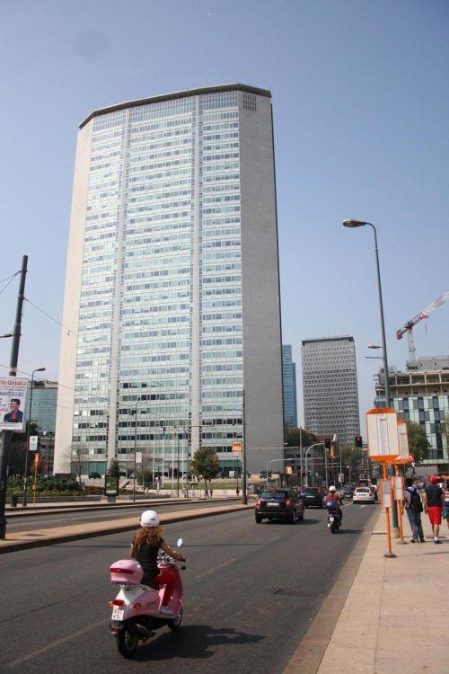 Grattacielo Pirelli - штаб-квартира концерна ''Пирелли'' по производству автомобильных шин
