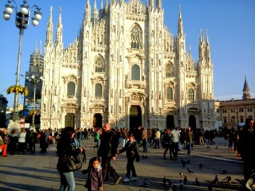 Осень в Милане идеально подходит для всех видов познавательного туризма