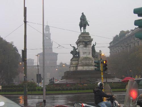 Для ноября в Милане характерны частые дожди