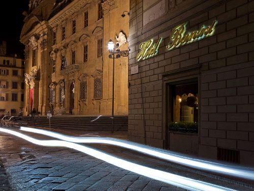 За свою долгую историю стены отеля ''Hotel Bernini Palace'' повидали многих знаменитостей