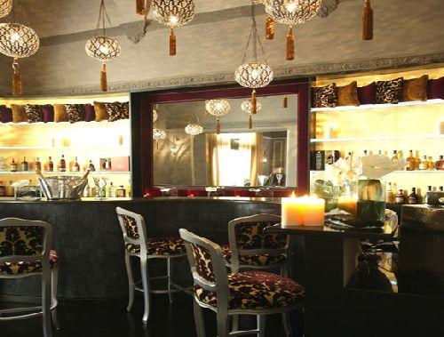 Изысканные интерьеры отеля не оставят равнодушными любителей роскоши