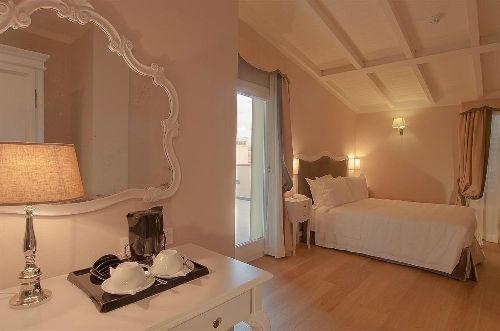 Просторный светлый номер в ''Hotel Rapallo''