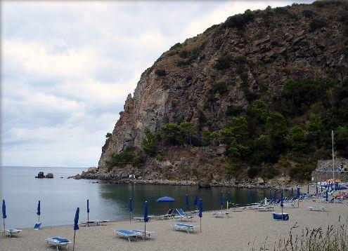 В ноябре на острове практически никто не купается