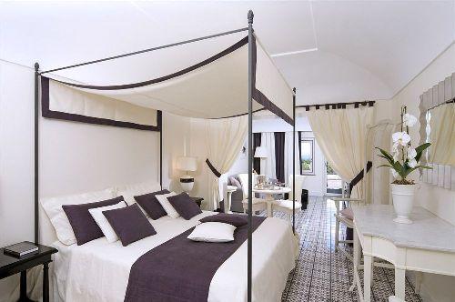 Роскошный люкс с кроватью с балдахином и балконом