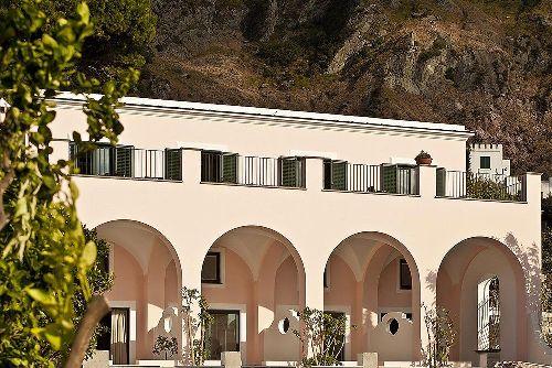 ''Tenuta Del Poggio Antico'' насчитывает 9 уютных номеров