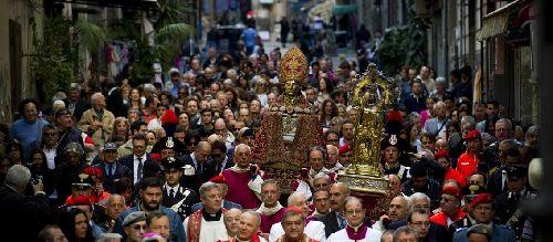Festa di San Gennaro в Неаполе