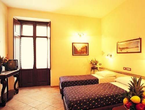 Номер с двумя кроватями в ''Hotel Il Convento''