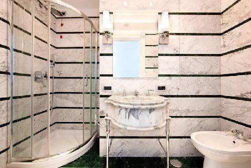 Некоторые номера удивляют оригинальным дизайном ванной комнаты