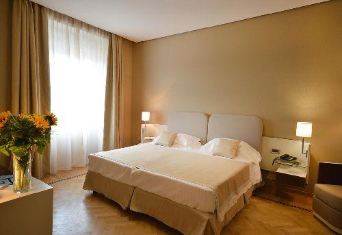 Двухместный номер в ''Palazzo Esedra'' (кровати можно раздвинуть)