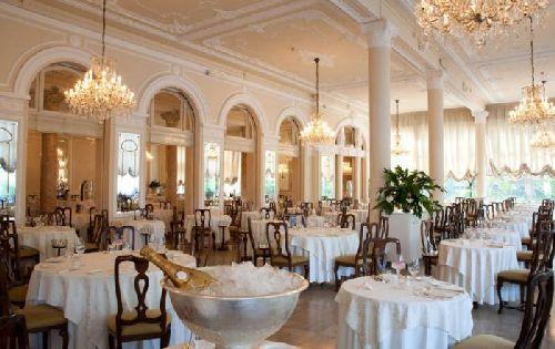 Поход в ресторан ''La Dolce Vita al Mare'' всегда становится торжественным событием