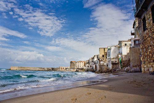 В октябре воздух на Сицилии чуть теплее морской воды