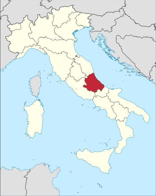 Область Абруццо находится в самом центре Апеннинского полуострова и омывается Адриатическим морем