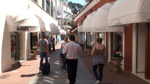 Via Camerelle - одна из красивых улиц острова Капри