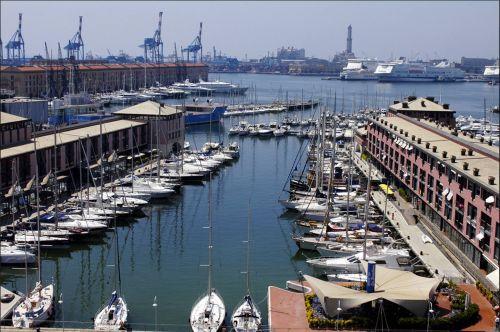 Порт Антико в Генуи (Porto Antico)