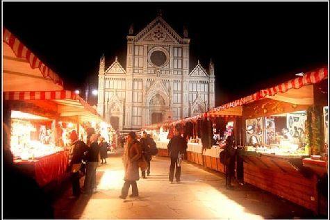А это Флоренция.. куда бы Вы не поехали, Вас встретит новогодняя атмосфера!