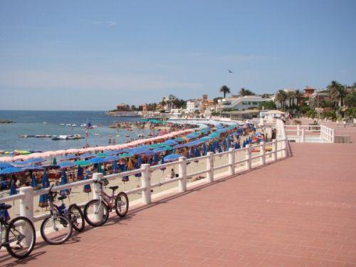 Санта Маринелла - еще один пляж возле Рима