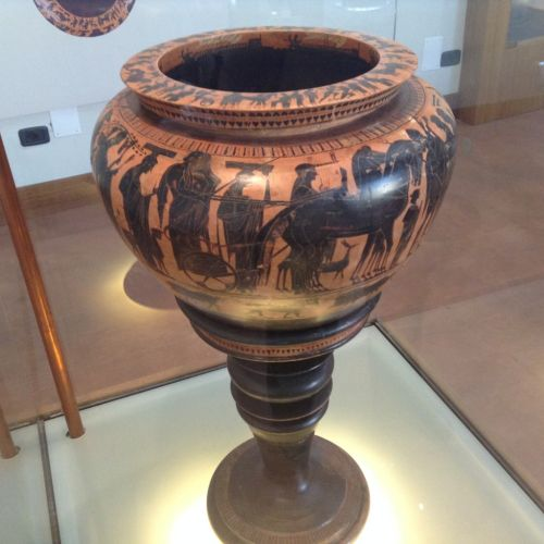 В Салерно есть несколько музеев, среди которых выделим археологический музей.. он, кстати, бесплатный